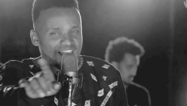 Samuel Negussie från Etiopien sjunger om Jesus